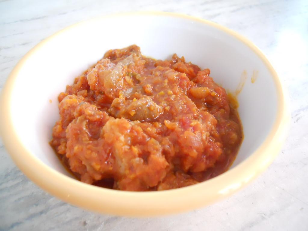 コラーゲン入り牛すじのピリ辛トマト煮込み